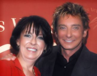 Cynthia & Barry Manilow 2-4.11.08.jpg