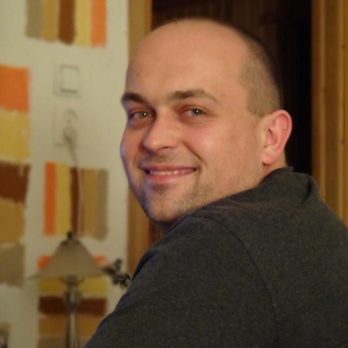 G.H. Guzik (Author)